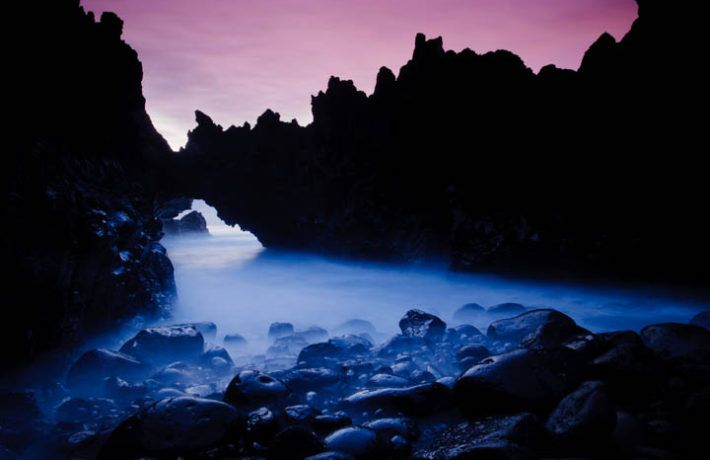 "Arch stone in ""Los hervideros"", south-west of Lanzarote, Lanzarote Island, Canary Islands, Spain."
